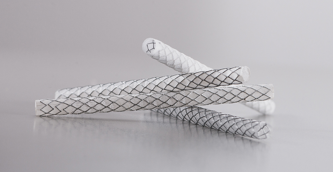 PTFE covered stents